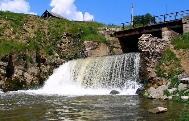 Кусье-Александровский водопад