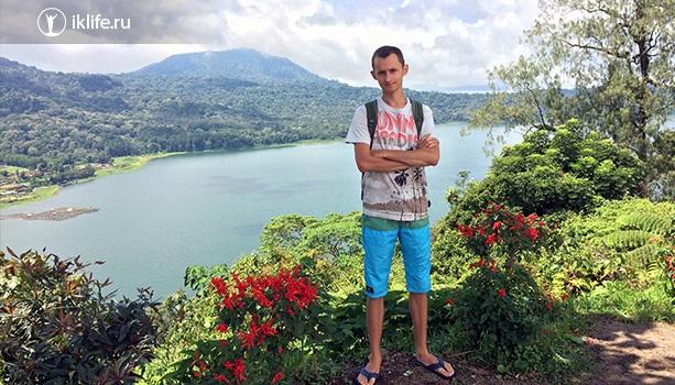 горное озеро на бали