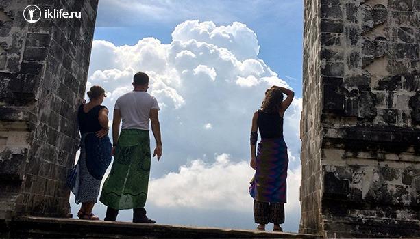 Бали храм облаков
