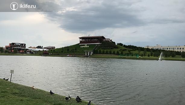 озеро в немецкой деревне